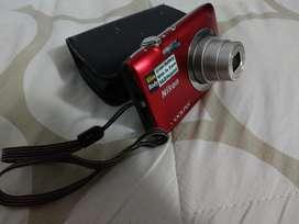 Cámara Nikon Cooplix S2600