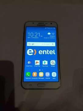 En venta celular samsung j7 uso personal