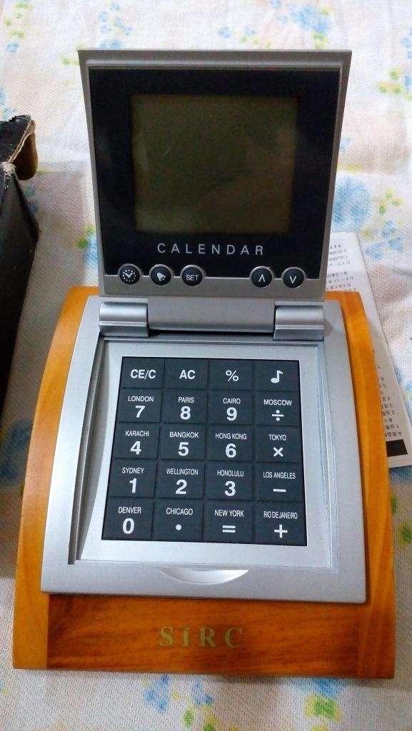 Reloj Despertador, Calculadora De Viaje Y Escritorio 0