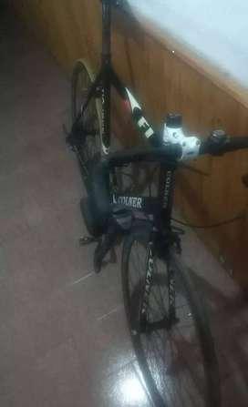 Bicicleta de ruta Colner talle 58 horquilla de carbono