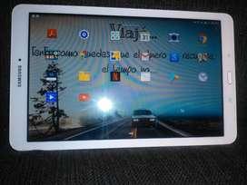 "Tablet Samsung Tab E 9.6"" Blanca"