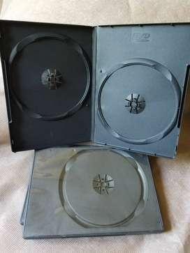 Set cajas de CDS y DVDS usadas en buen estado