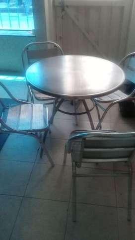 Sed de mesas y sillas para negocio
