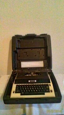 Maquina de escribir eléctrica Brother 55.000