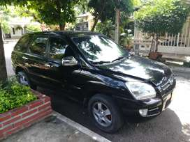 Se vende kia sportage 2008 negra full equipo 4x4 automática diésel se vende o permuta