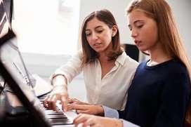 Necesito Profesora de Piano
