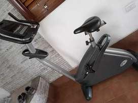 Bicicleta electro magnética con disco de inercia y dynamo