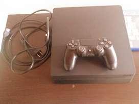 Se vende PS4 en excelentes condiciones