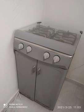 estufa con gabinete marca haceb color gris 70/100