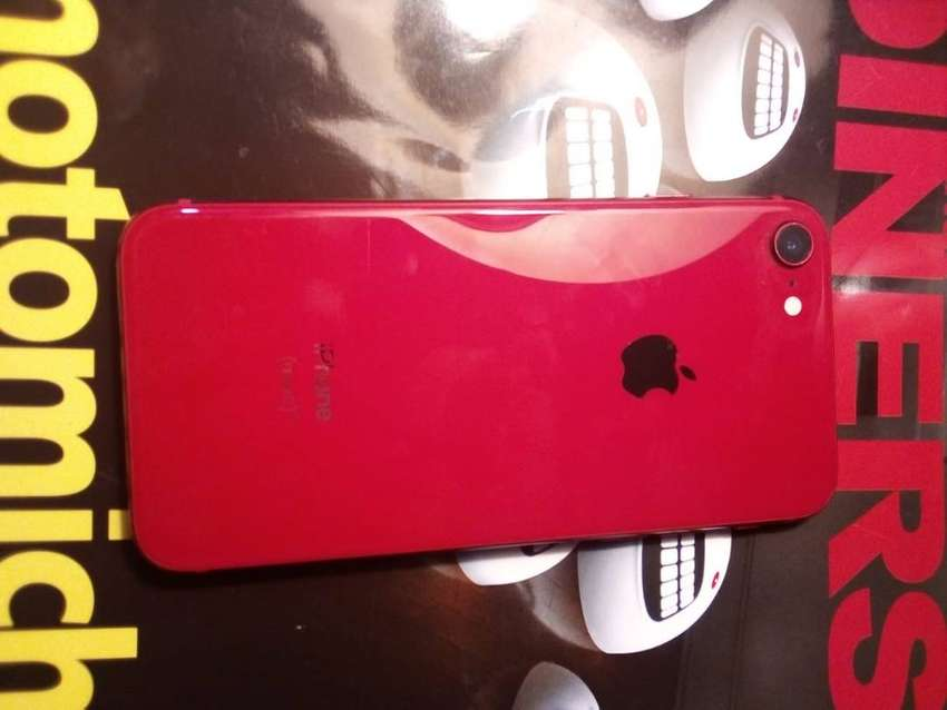 iphone 8 rojo 0