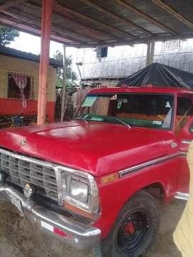 se vende lindo ford 250 al día