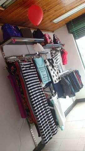 mobiliario para almacen de ropa