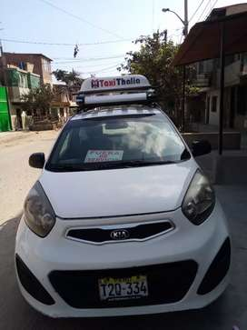 Vendo auto kia picanto con linea de taxi