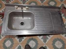 Lavaplato y mesa para empotrar