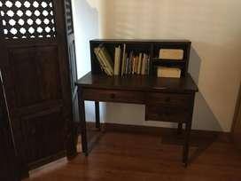 Muebles envejecidos clasicos