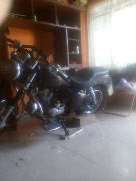 Moto Um Renegade 200