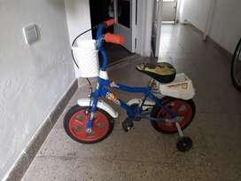 Vendo bicicleta azul rodado 12