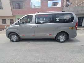 Minivan HYUNDAI H1 2012