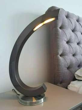 Lámpara de Mesa Luz Led