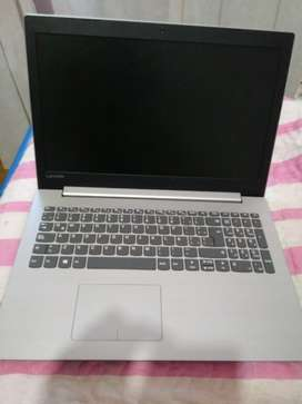 Notbook Lenovo. Impecable. Poco Uso