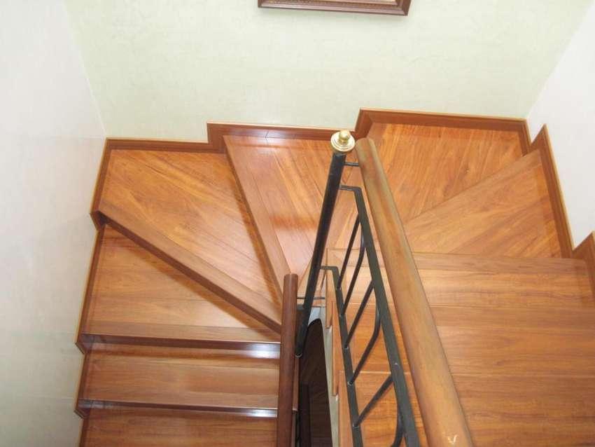 Diseñamos escaleras con acabados y colores increíbles 0