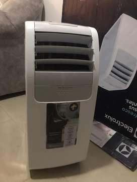 Se vende aire acondicionado portatil marca electrolux excelente precio