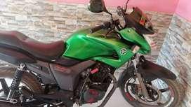 Moto en excelente condicion estándar