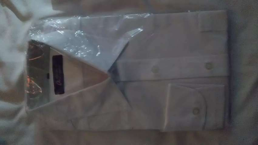 Camisas de corbata color blanco talla 42 y talla XL 0
