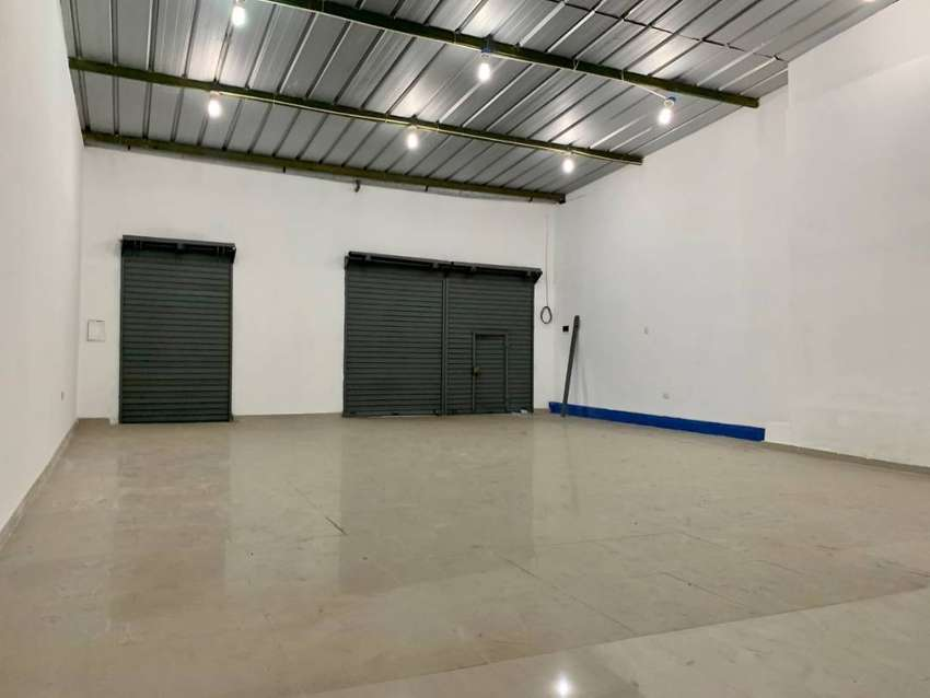 Alquilo Local Comercial en Jr. Bolivar - Centro de Trujillo 0