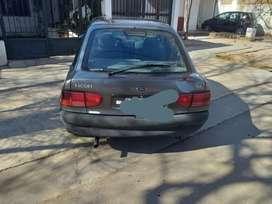Vendo Ford Escort 99 con 2 Tubos de Gas