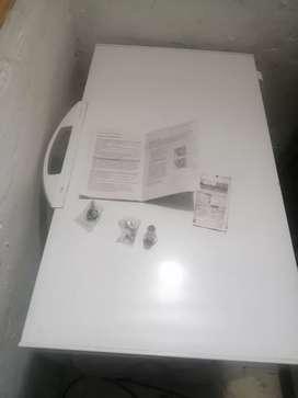 Vendo congelador y refrigerador