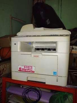 Se vende fotocopiadora marca RICOH
