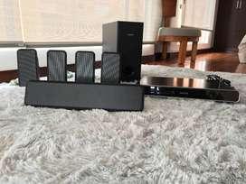 Equipo de sonido y video 5.1 con DVD - Incluye 5 soportes para pared