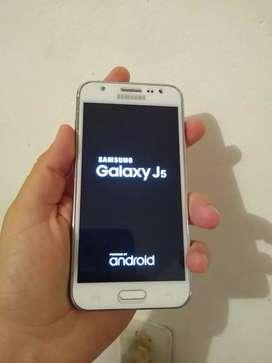 Samsung Galaxy j5 lite en buen estado