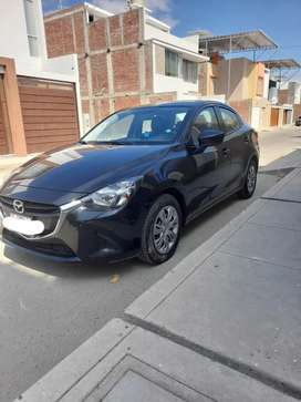 Mazda 2 Sedán 2017 5700 km