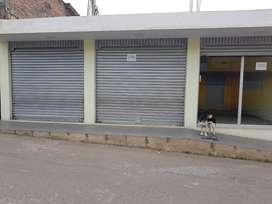 CASA CON LOCAL COMERCIAL-GUALMATÁN