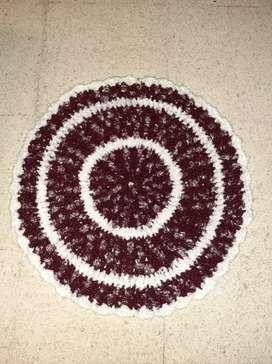 Alfombras de lana  hechas a mano tejidas al crochet