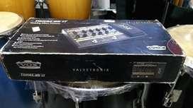 Pedalera de guitarra VOX Tonelab ST valvetronix con adaptador