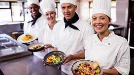 Empresa del sector gastronomico requiere auxiliares de cocina con experiencia