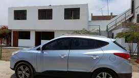 Vendo Camioneta Hyundai Tucson 2012 (100k km Sistema Dual) a 13500 dólares