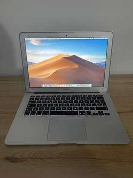 Macbook Air 13 pulgadas 2015, único dueño, excelente estado.