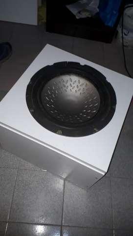 Vendo Caja de Audio con Subwofeer de 12