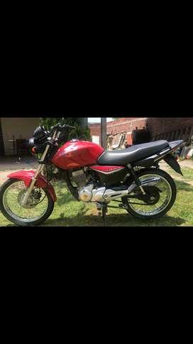 Vendo moto Honda Titán en excelente estado
