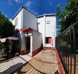 Casa Tipo Duplex 4 dormitorios Cochera Patio