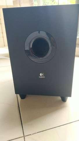 Z506 De Logitech Sistema De Altavoces De Sonido De Cine En