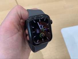 Apple Watch series 5 44mm