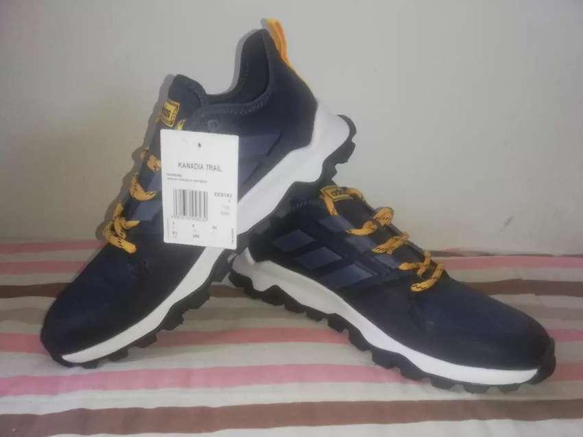Adidas kanadia trail 0