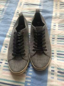 Zapatos talla 41 marca H&M nuevos