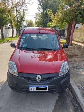 Renault Kangoo 2016 1.6 nafta y GNC Vtv recién hecha no Berlingo Partner Fiorino Peugeot Fiat Citroen
