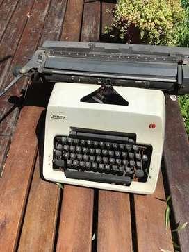 Maquina De Escribir Olympia Manual